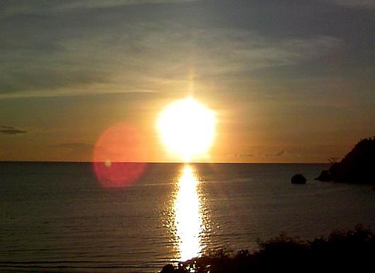 石垣の夕陽はやっぱ綺麗。