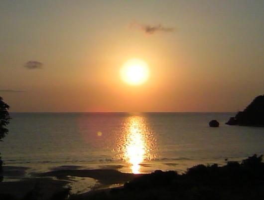 クウラ湾の夕陽。