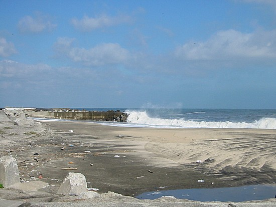 太東右側の浜.jpg