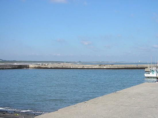 太東港左側.jpg